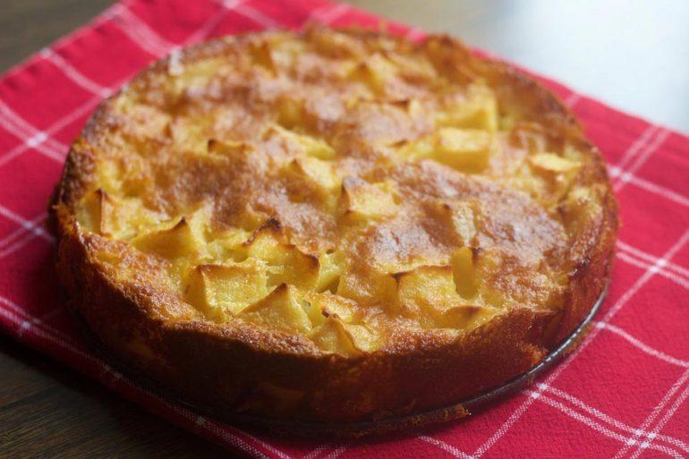 Ricetta torta di mele in 10 step