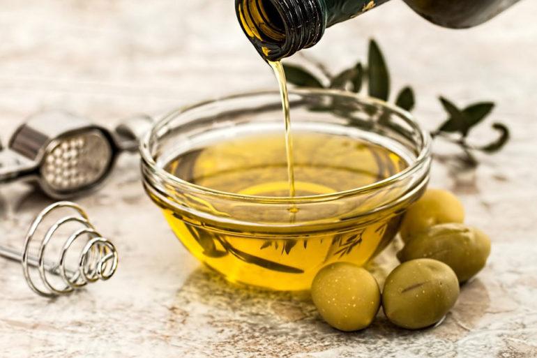 Olio extravergine di oliva: perché sceglierlo abruzzese