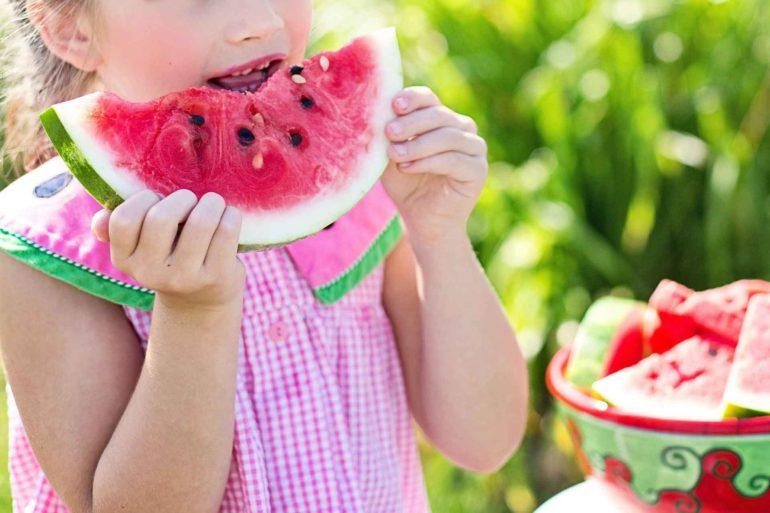 3 motivi per cui dovresti mangiare più frutta d'estate