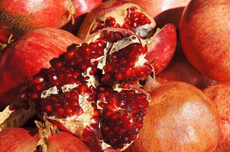 Melagrana: curiosità e benefici del frutto autunnale