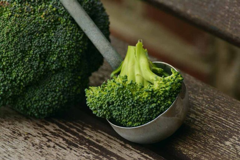 Come cucinare i broccoli senza perderne le proprietà