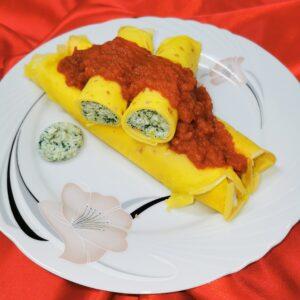 Cannelloni con sugo ricotta e spinaci